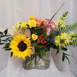 Clear and Sunny from Shaw Florists in Grand Rapids, MN